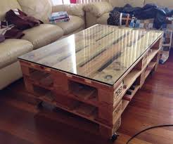 przykład mebla z palet - stół
